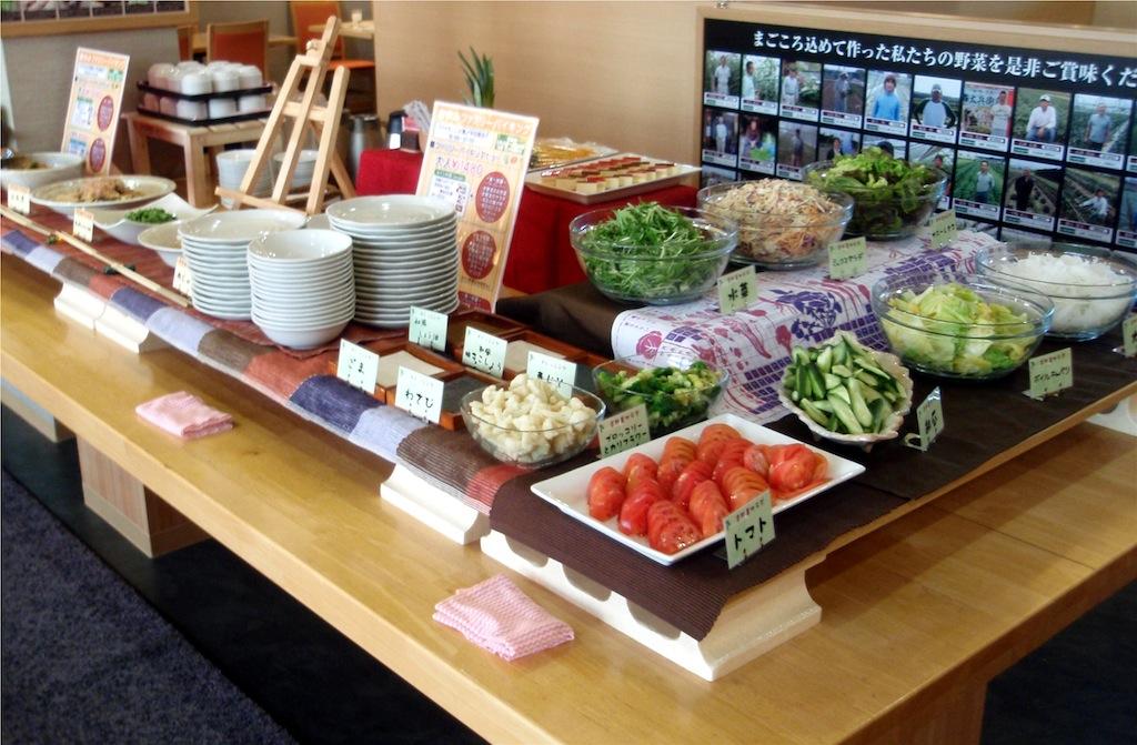 ランチ限定京都野菜ランチバイキング 大人1,580円 小学生1,180円